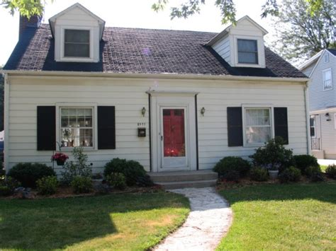 updating a cape cod style house 1000 images about house exterior on