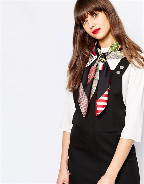 moschino moschino silk square scarf in folk floral print