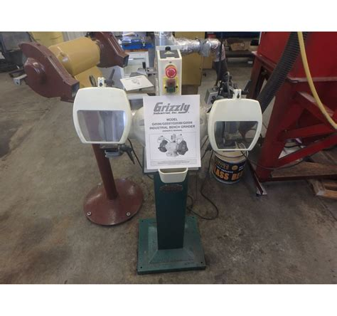 grizzly bench grinder 8 quot grizzly g0596 industrial d e bench grinder