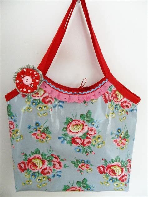 pattern for oilcloth tote bag 17 best images about naaien tassen etui s sewing bags on