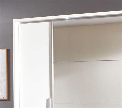 schiebe kleiderschrank mit spiegel wei 223 er spiegel kleiderschrank mit schiebe dreht 252 ren