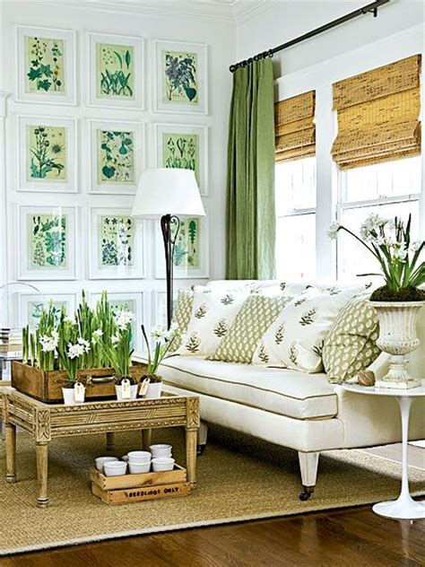 how to use green in black white room