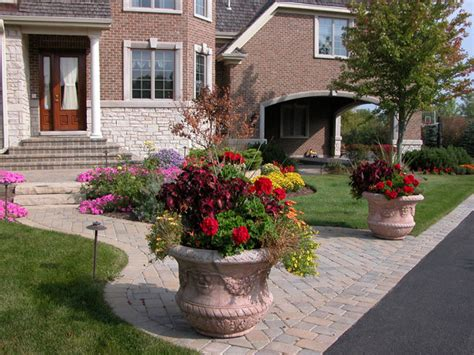 Front Yard Planters by Front Yard Curb Appeal Ryco Landscaping