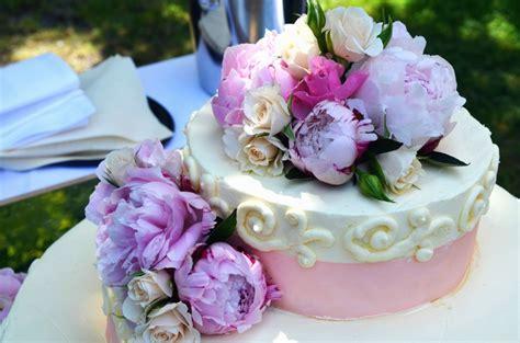 fiori per torte un idea originale e romantica le decorazioni floreali per