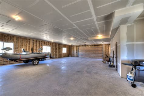 garages with living quarters above shop garage with living quarters above garage other
