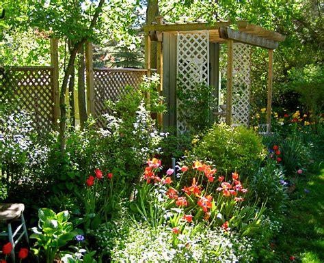 Garden Lattice by Garden Lattice Ideas Modern Home Exteriors