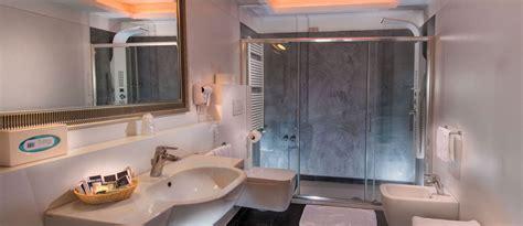 bagno 60 riccione suite deluxe hotel mediterraneo riccione
