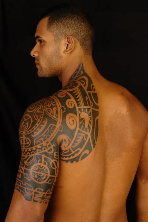tattoo on shoulder male celebrity tattoos