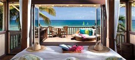 amazing ocean views   hotel bed