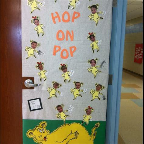 Dr Seuss Door Decorating Ideas by Dr Seuss Door Decorating Idea Class Door And Bulletin