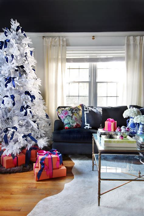 Christmas Tree Giveaway - hunted interior a white christmas tree a giveaway