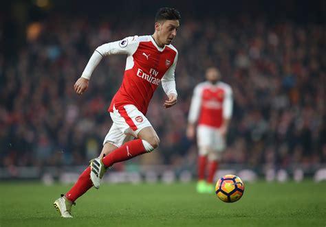 arsenal mesut ozil     wide midfielder