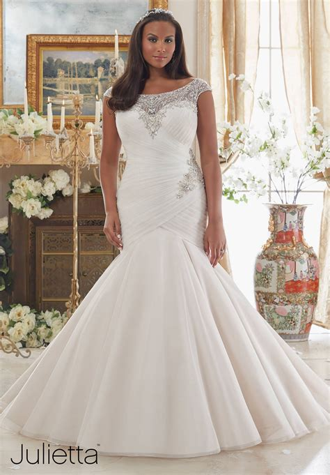 Plus Size Bridal Gowns by Plus Size Wedding Gowns Mori Julietta Collection