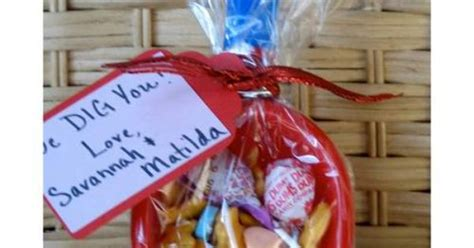 i dig you party favors quot i dig you quot shovel with candy goodie bag valentine s