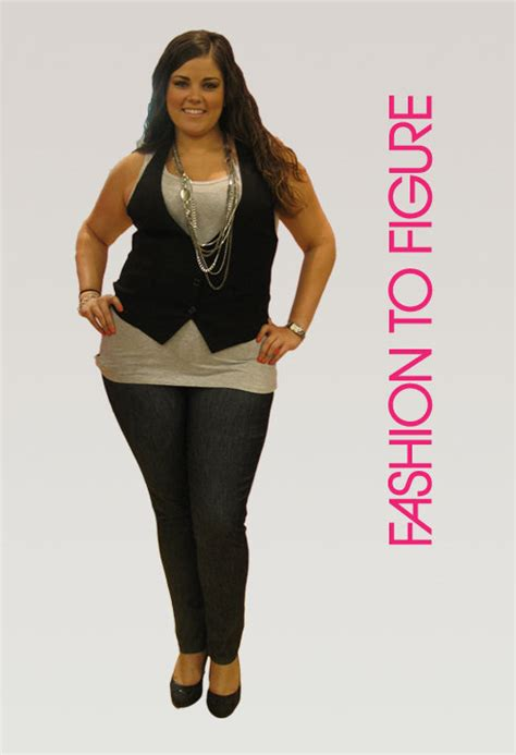 figure giveaway fashion to figure giveaway she scribes