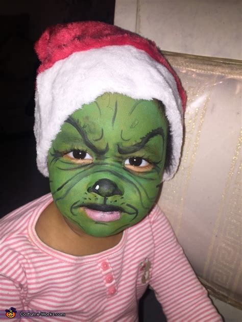 grinch cindy lou   max  dog family costume