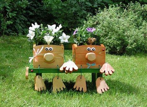 unusual garden decorations  add fun   backyard