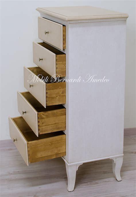cassettiere laccate cassettiere laccate settimanali e cassettiere
