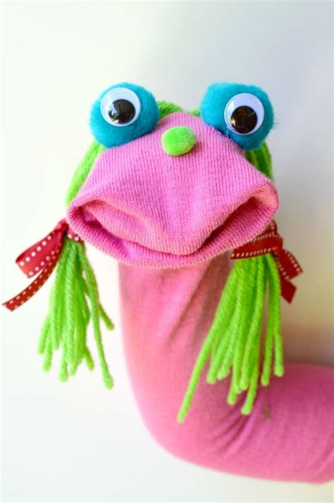 this sock puppet comes together in minutes