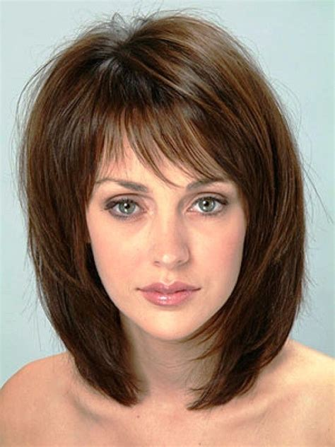 easy to maintain shoulder length haircuts 20 popular medium length hairstyles with bangs medium