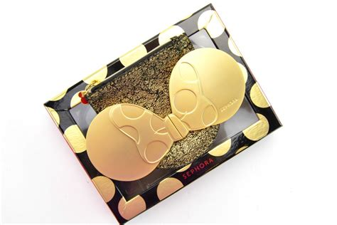Minnie Mouse Signature Compact Cermin sephora minnie mouse collection review canadian fashionista