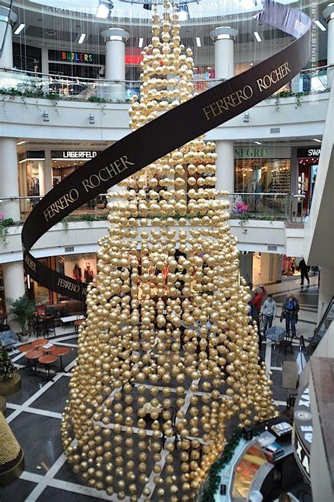 roche christmas tree glamshops visual merchandising shop reviews ferrero roche new year decoration kiev trade
