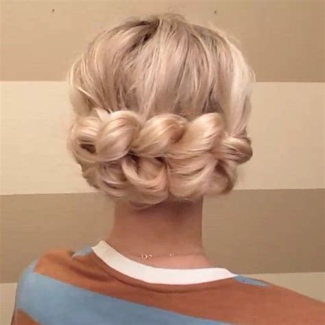 hairstyles that are pulled back but frame the face 36 best cards warmest wishes images on pinterest cards