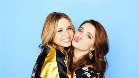 Faking It duas novas adi 231 245 es para a 2 170 temporada de faking it glued