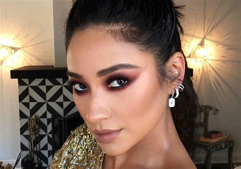 Shay Mitchell's Teen Choice Awards 2016 Hair Is What