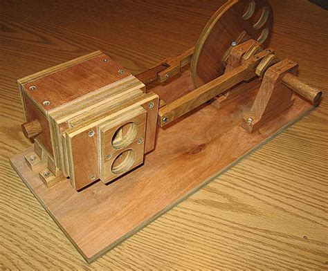 woodworking motors wooden air engine 1 pictures