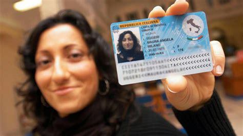 controllo permesso di soggiorno poste italiane cie arriva la carta di identit 224 elettronica in 153 comuni