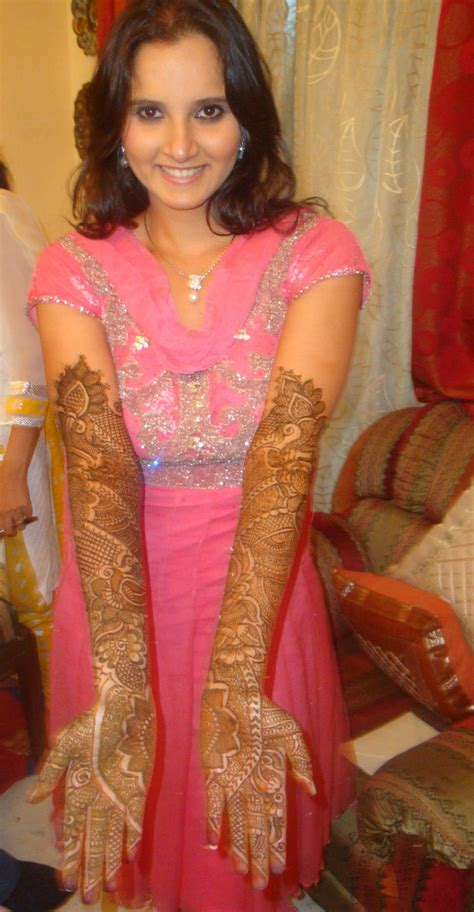 latest pakistani indians arabic mehndi design jewelry dresses fashions