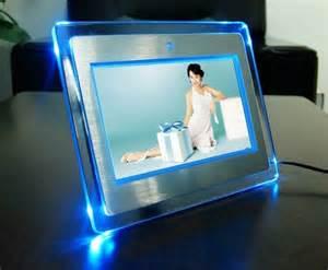 bilderrahmen mit led beleuchtung digitaler bilderrahmen die erinnerung wurde lebendig