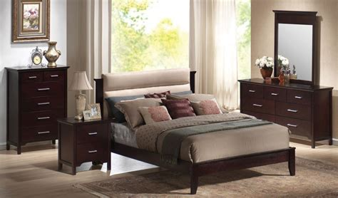 upholstered headboard bedroom sets kendra queen bedroom set in mahogany with upholstered
