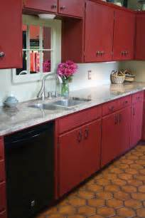Kitchen Cabinet Chalk Paint Reloved Rubbish Primer Red Chalk Paint 174 Kitchen Cabinets