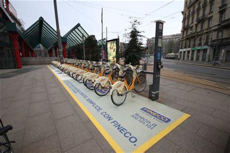 fineco area clienti fineco con clear channel regala ai nuovi clienti il bike