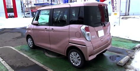 nissan box 2014 nissan dayz roox is a pink shoe box on wheels