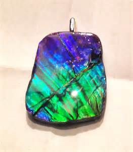 colored gemstones purple blue green ammolite pendent no chain 67 85tct