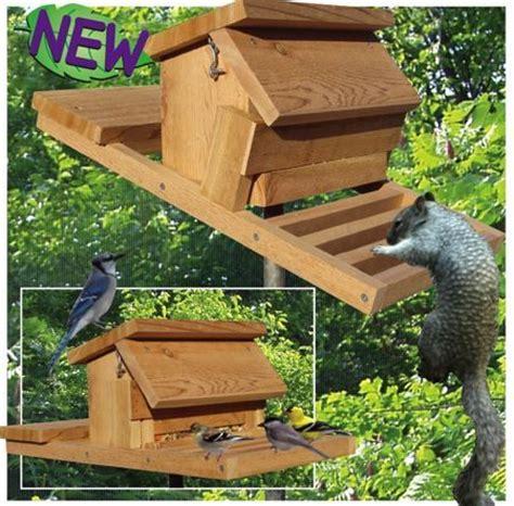 19 w3284 squirrel proof bird feeder woodworking plan