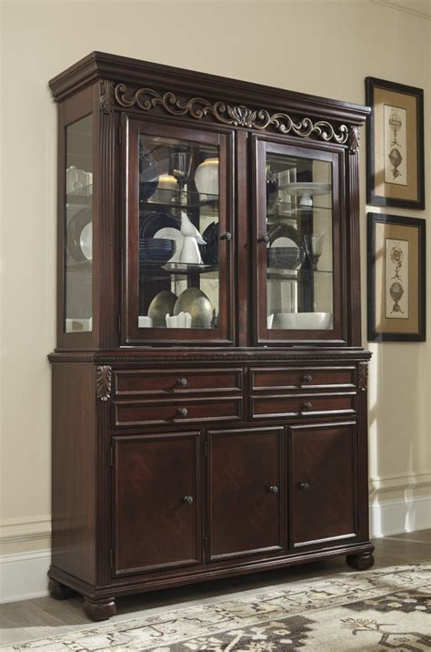 hutch furniture dining room leahlyn reddish brown dining room hutch d626 81 hutch marksons furniture