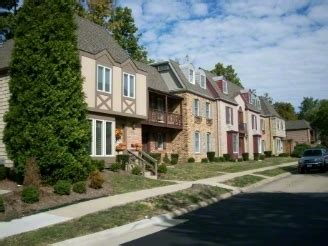 one bedroom apartments in charleston il youngstown apartments rentals charleston il