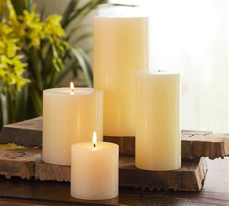 Decorating Candles by Centerpieces