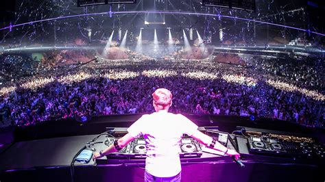 house music amsterdam armin van buuren live dj sets videos