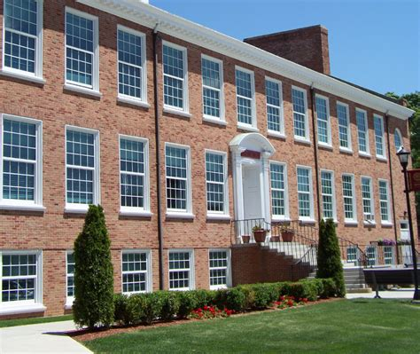 College Of New Rochelle Mba by International Business Iona College International Business