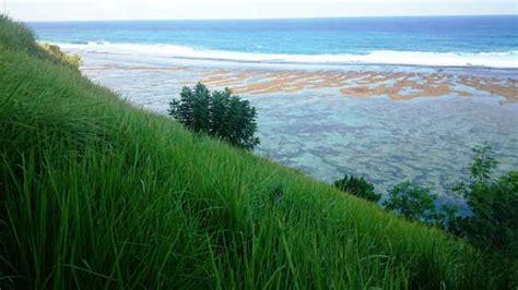 pantai gunung payung bali indah tersembunyi  kutuh