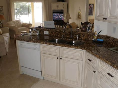 Countertops Melbourne Fl by Kitchen Countertops Cabinets And Baths Sales And