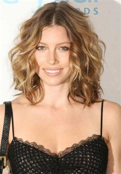 hairstyles with curls for medium length hair 15 thick medium length hairstyles hairstyles haircuts
