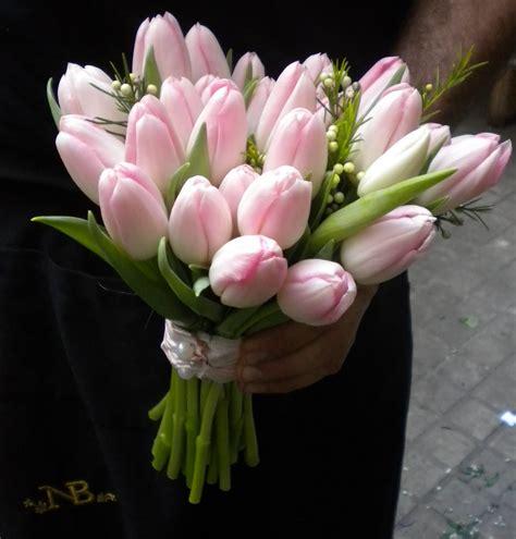 imagenes tulipanes naturales ramos de novia con tulipanes