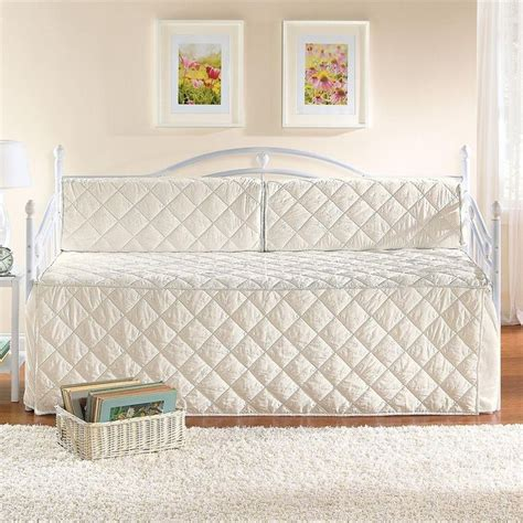 Day Bed Set Posts Daybeds And Bedding Sets On