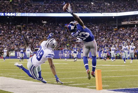 the science of odell beckham jrs incredible onehanded td catch 2014 it s been exactly a year since odell beckham made a
